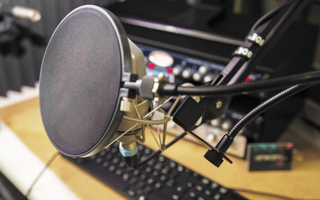 Fernaufzeichnung von Sprachaufnahmen und Tonstudio
